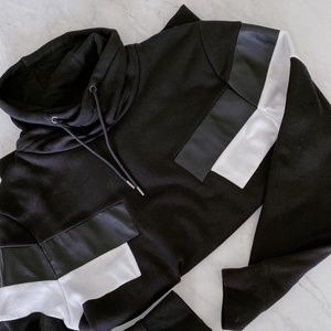 BLACK MOCK TURTLENECK SWEATER - H&M
